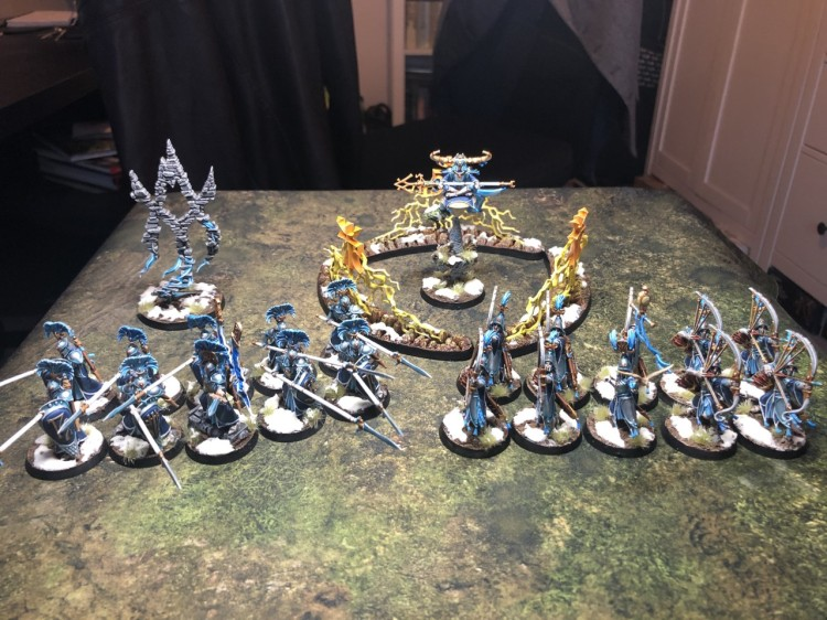 A fully-painted Lumineth Realmlords army.